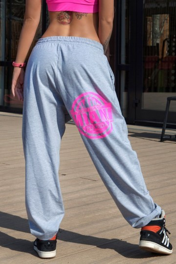 9f8bcad25e8f Женские спортивные брюки купить в Москве. Заказать спортивные штаны женские  в интернет-магазине. Брюки для танцев, штаны для фитнеса - купить брюки для  ...